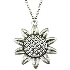 Silver Sunflower Floral Chain Necklace 3/$30